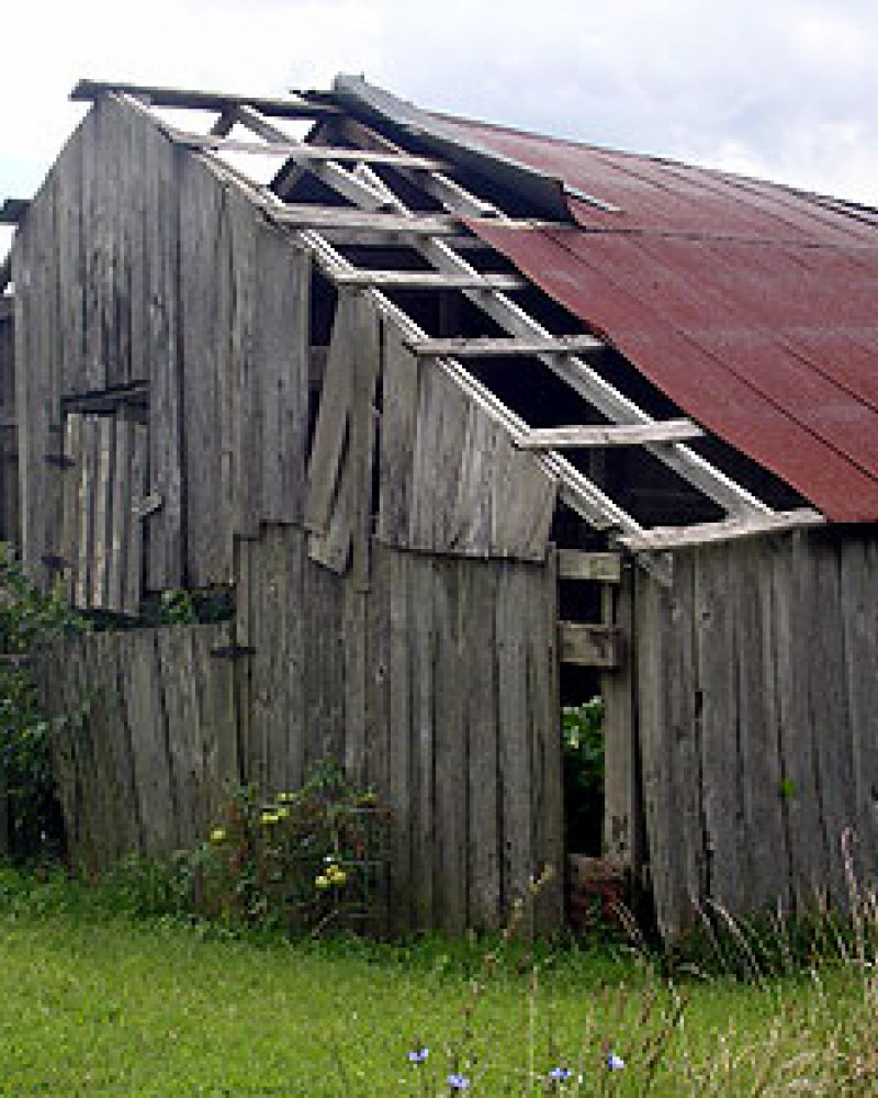 An old barn in the Little Ozarks